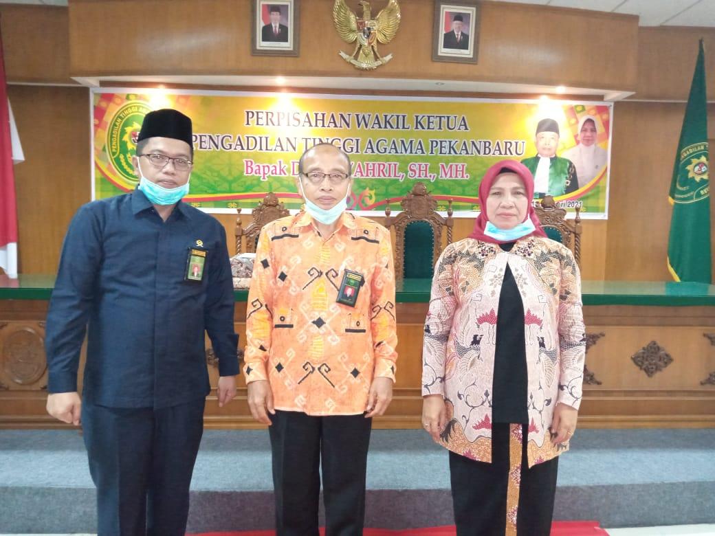 Menghadiri Perpisahan Wakil Ketua PTA Pekanbaru 1.jpeg
