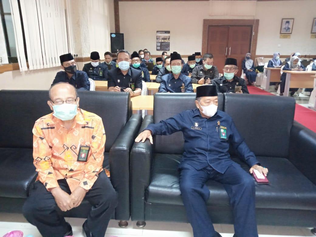 Menghadiri Perpisahan Wakil Ketua PTA Pekanbaru 2.jpeg